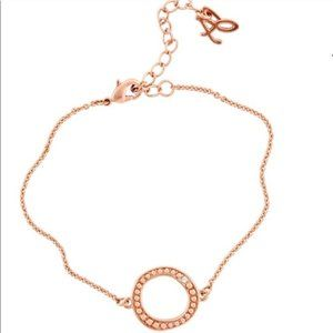 Adore Circle Bracelet